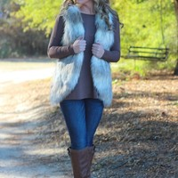 A Winters Day Vest: Cream - Lavish Boutique