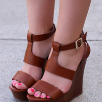 Fear Me Not Wedges: Tan