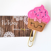Cupcake Planner Clip| Paper clips| Planner Accessory| Journal Marker| Bookmark| Teachers| Friends| Gifts