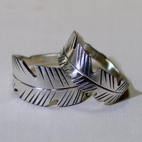 Sterling silver feather wedding band set for honor and trust
