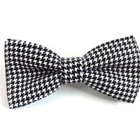 Black and White Bow Tie with Houndstooth Pattern, Man Bow Tie, Mens Bow Tie, Winter Bow Tie, Christmas Bow Tie
