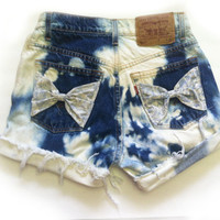 HIGH WAIST Bleached FRAYED Destroyed Cut Off by Designsbybiancab