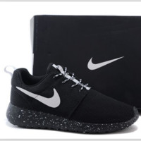Nike roshe run couple light sports leisure net surface breathable Olympic running shoes Black (black starry sky soles)