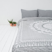 Mehandi Medallion Quilt in Grey and White - Urban Outfitters