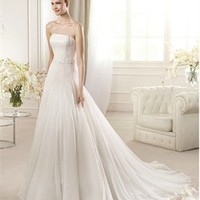 White A-line Strapless Chiffon 2013 Wedding Dress IWD0209 -Shop offer 2013 wedding dresses,prom dresses,party dresses for girls on sale. #Category#