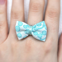 Bow ring from mint cotton fabric, adjustable ring