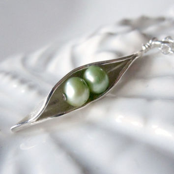 Peas In The  Pod Necklace, Two  Peas, Best Friends Jewelry, Peapod Mothers Necklace, 2 Pea Silver Necklace - Sweet Pea