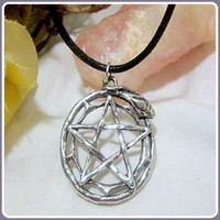 Magical World Amulet