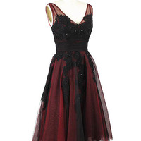 1950s Style Red Black Tulle Lace Tea Length Party Dress #vintagestyledress #tulledress #redandblackdress #holidaydress #redpartydress