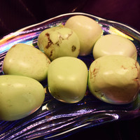 LEMON CHRYSOPRASE Citron Stone - Aids Depression and Pain from a Broken Heart