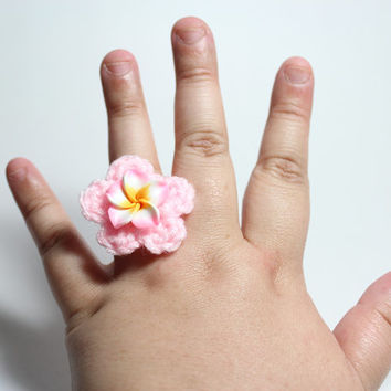 Pink plumeria ring. Pale pink flower crochet ring.
