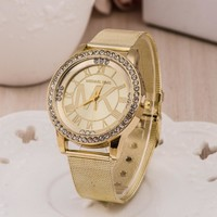 Stylish Gold Bracelet Watch Ladies Alloy Diamonds Bracelet Watch [6542368131]