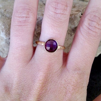 SALE!  Simple Ring,Round Amethyst Ring,Purple Ring,Hammered Gold Band ,February Ring,Gemstone Ring, Stackable Ring,Tiny Ring