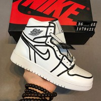 AIR JORDAN 1 street fashion men and women casual high-top sneakers White