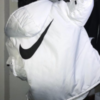 NIKE winter new women's multi-pocket tooling hooded cotton suit white