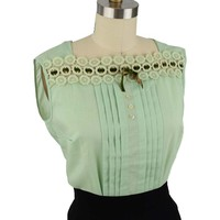 50s Sleeveless Green Crochet Trim Blouse