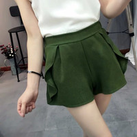 Ruffled Mid-Waist Short