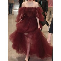 Burgundy shoulder-trimmed gauze dress catwalk evening dress