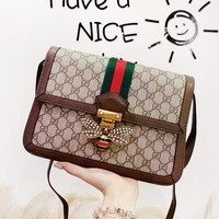 Gucci Fashion new simple bee handbag small square bag shoulder Messenger bag