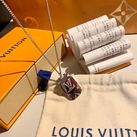 lv louis vuitton woman fashion accessories fine jewelry ring chain necklace earrings 85