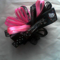 Hello Kitty black and pink hair bow