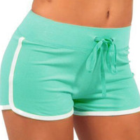 Light Green Contrast Trims Drawstring Yoga Shorts