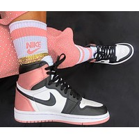 NIKE AIR JORDAN 1 High Retro Black Toe Basketball shoes nude pink tail