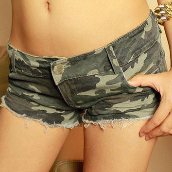 Camouflage Print Frayed Low Waist Denim Shorts