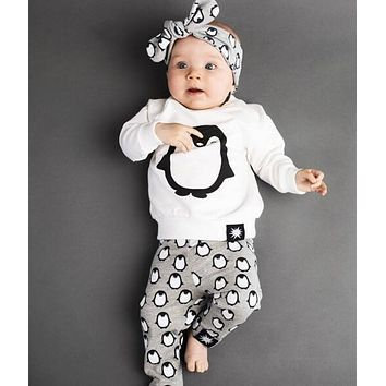 Baby Boys Girls Clothing Sets 2PCS Baby Boys Girl Clothes Long Sleeve T-shirt + Pants Cute Penguin Born Baby Outfits