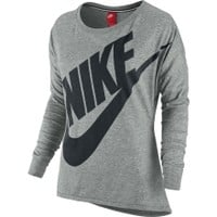 Nike Women's District 72 Crew Shirt