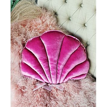 Velvet Shell Pillow in Dusty Rose