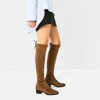 FLAT OVER-THE-KNEE BOOTS DETAILS