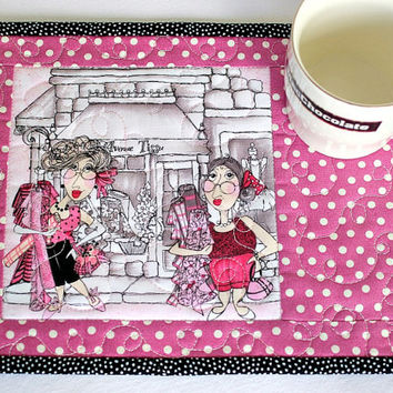 Quilted Mug Rug, Paris Snack Mat, Pink Mug Rug, Paris Holiday, Avenue Tissu, Gift for Quilter, Quiltsy Handmade