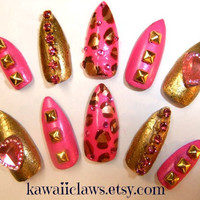 Sexy gold & barbie pink gold studded leopard print Pointy Stiletto Tip False/Fake Full cover claw Nails w/ pink rhinestones  gyaru glam