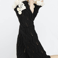 Lace Button Detail Long Wrist Warmers in Black