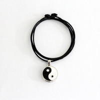Yin Yang Choker Necklace Pendant Statement Locket Cord Collar 90s Leather Harness Dress Trendy Boho String Tattoo Bdsm Grunge