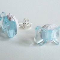 LIGHT BLUE RIBBONS / bowties in cream - earrings
