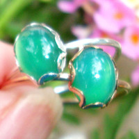 Ring Glowing Green Onyx  - eco-friendly 14k Gold Filled or sterling silver from recycled sources, 8x6 mm, Custom made in your size