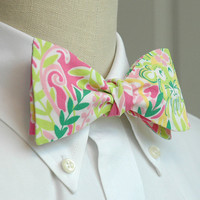 """Men's Bow Tie in Lilly Pulitzer """"Millionaire's Row"""" pink and green cotton"""