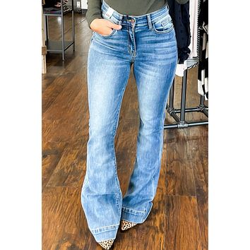 Judy Blue - Casey Flare Jeans