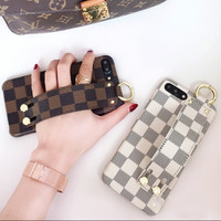 LV Louis Vuitton iPhone7plus Atmospheric Wristband Phone Case Cover F0934-1