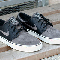 Nike SB Zoom Stefan Janoski Black/Midnight Fog