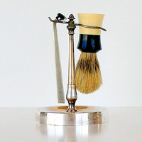 Vintage Shaving Stand 250T Ever Ready Brush & Razor 1950s 1960s