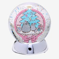 Pusheen Holiday Light-Up Water Globe