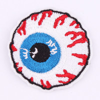 1Pcs Punk Bloody Eye Embroidered Patch Iron On Patch Sewing Animal Applique Badge Clothes Patch Stickers Apparel Accessories