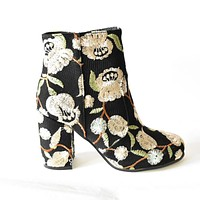 2017 Spring Embroidered Floral women Ankle Boots