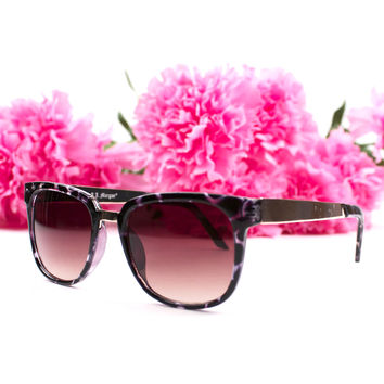 Lucy Sunnies