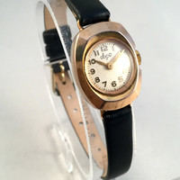 """Vintage RETRO  Women's watch called"""" Luch"""" (eng.Ray), lovely oval tiny watch with new leather strap!"""