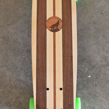 """22 inch  Mini Penny kicktail Skateboard """"Rincon"""" with wolf inlay, complete"""