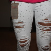 cute sparkly white skinny jeans with diamonds!!!